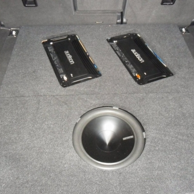HIFI systeem in Porsche cayenne